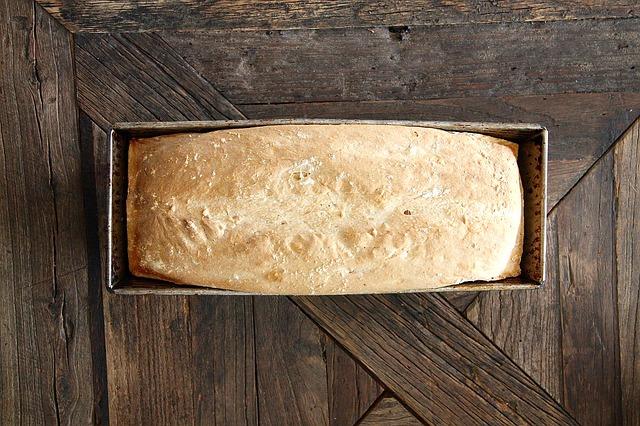 bread-608920_640