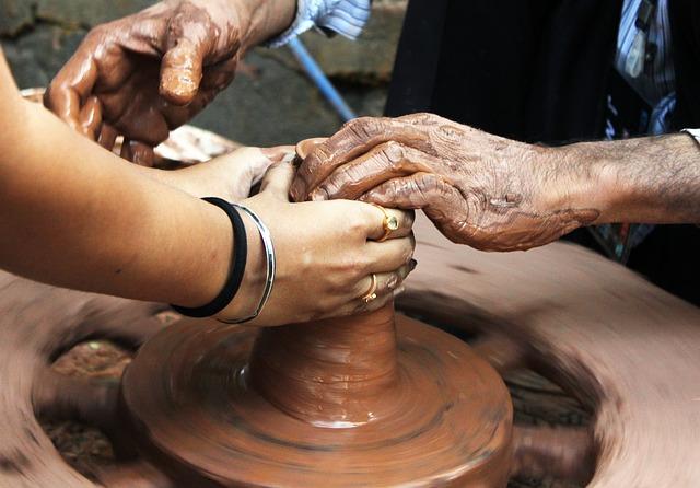 pottery-166797_640