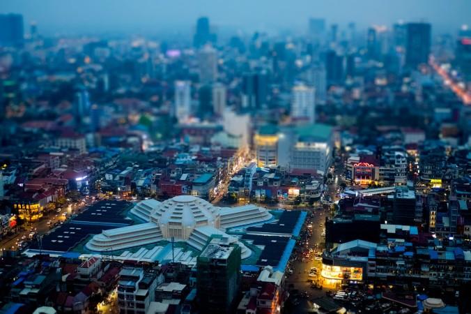 Night shot Phnom Penh
